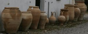Smukke græske krukker lavet efter gamle traditioner