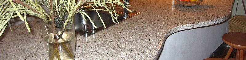En omgang terrazzo polish opfrisker bordpladen eller gulvet